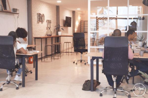 Location bureau partagé et espace de travail collaboratif